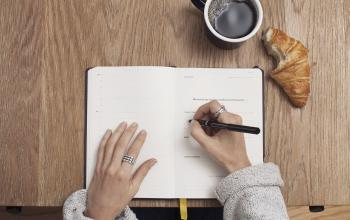 How To Make Money Writing From Home [Without A Blog]