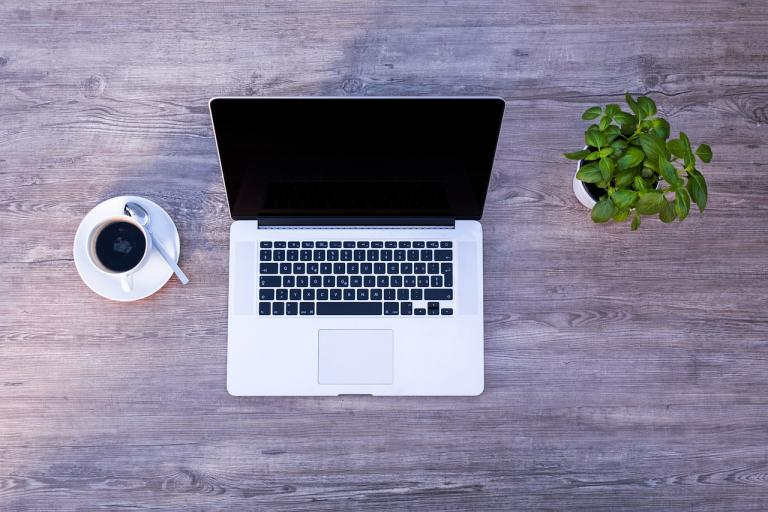How To Start A Web Design Business [and Get Your First Client!]
