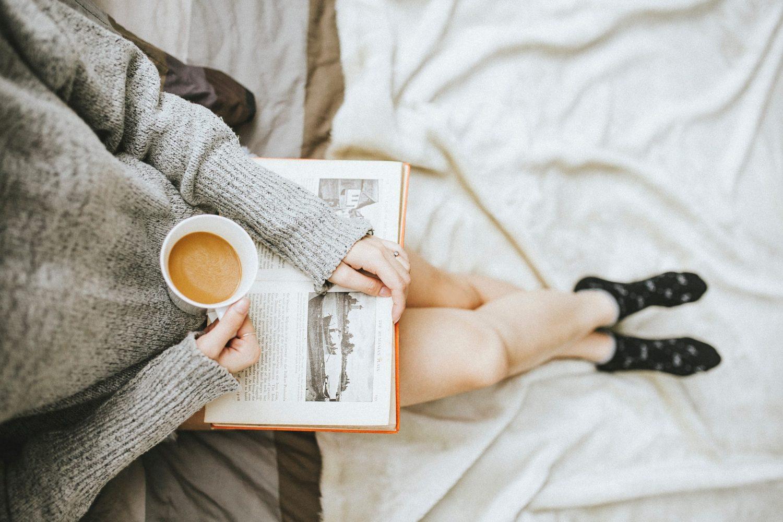 woman reading - make money doing nothing