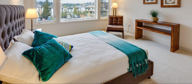 free Airbnb bedroom