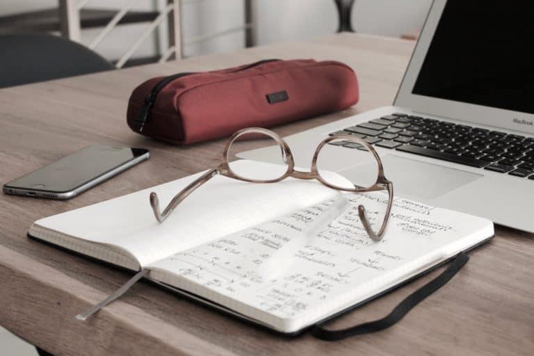 100 of the Best Names for a Finance Blog (Under $9 Per Year)
